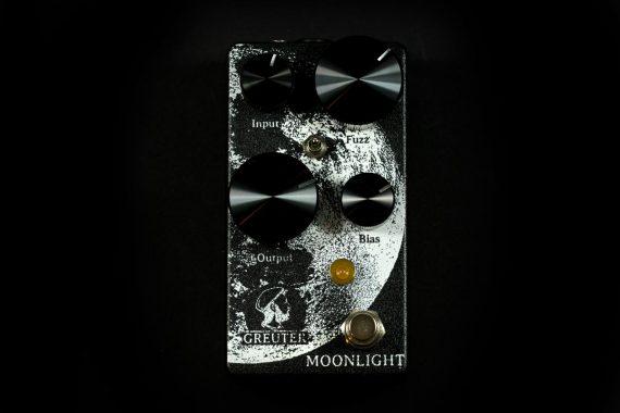 MoonlightWhIronBlack